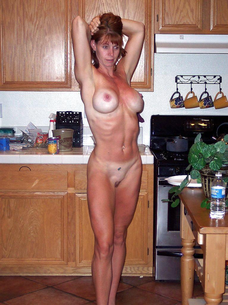 Amateur homemade fit milf loving dick