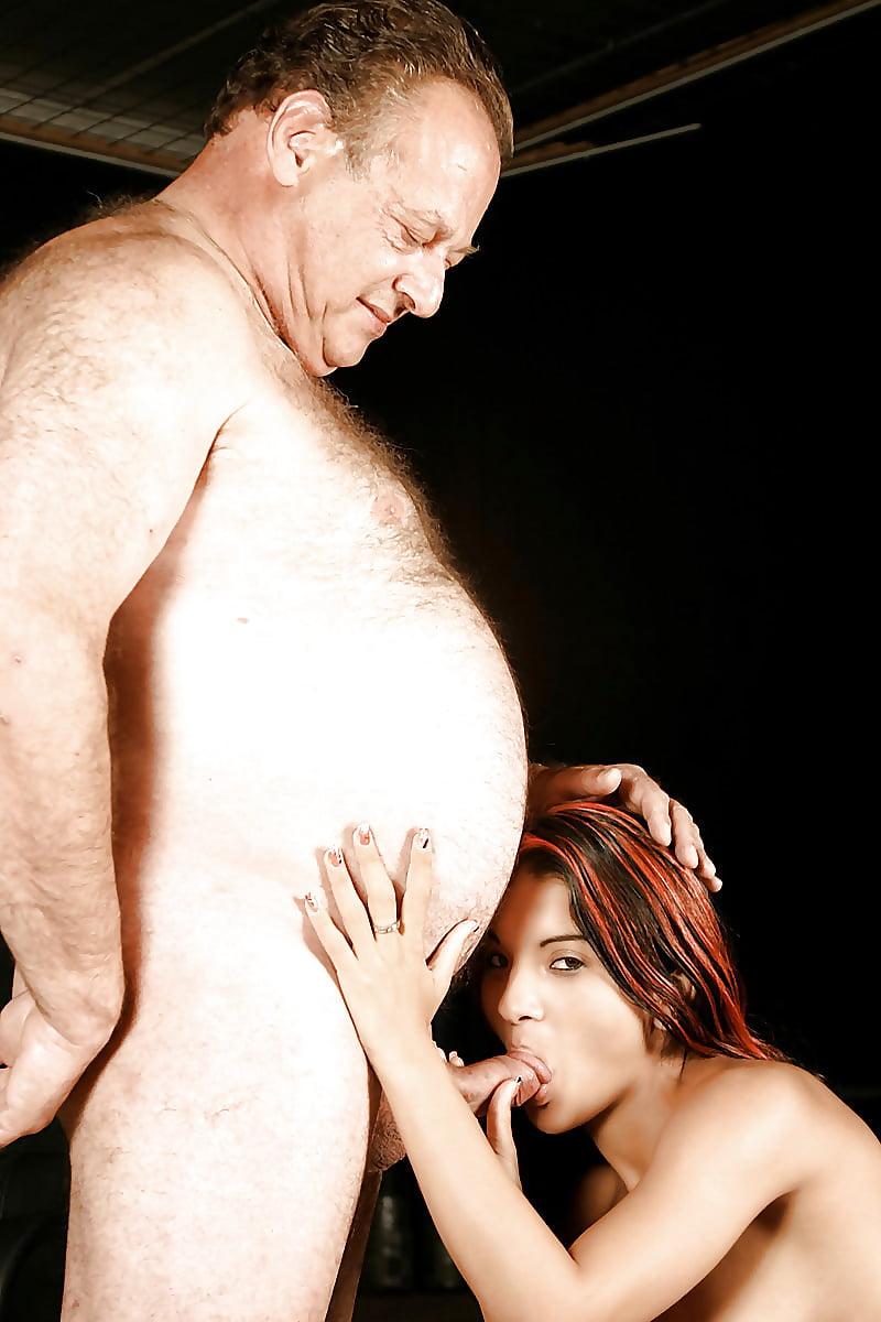 вк сосет у жирного мужика мамина