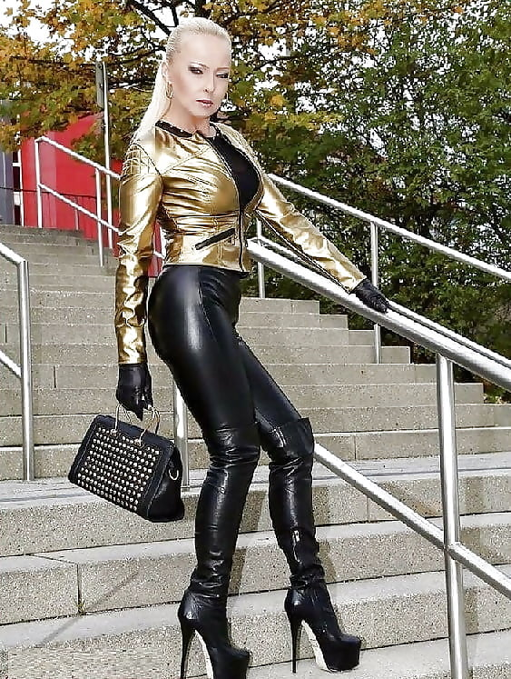 Sexy Leather Clothing