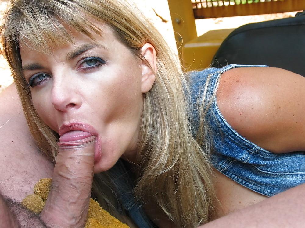 Vicky Vette Blowjob Deepthroat Ball Lick Cumshoy Tnaflix Porn Pics