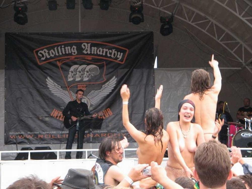 Порно видео рок-концерт #8