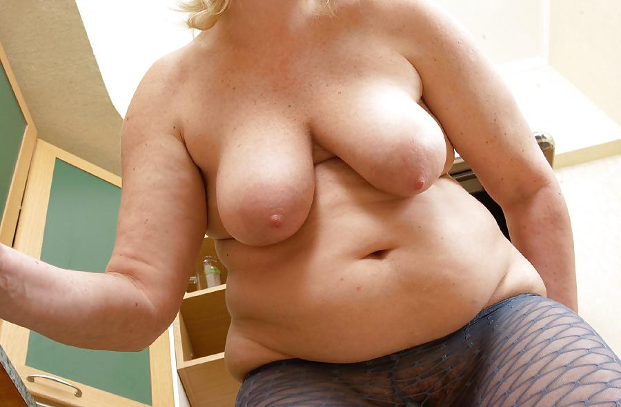 Mature tits mom-6476