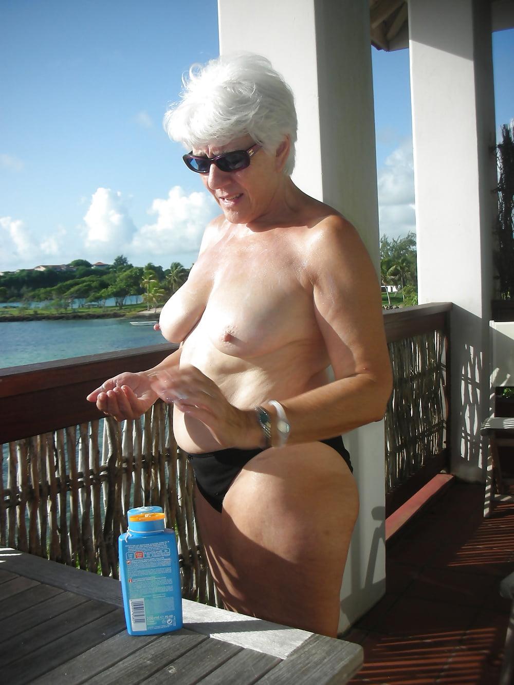 wife blogspot Nude