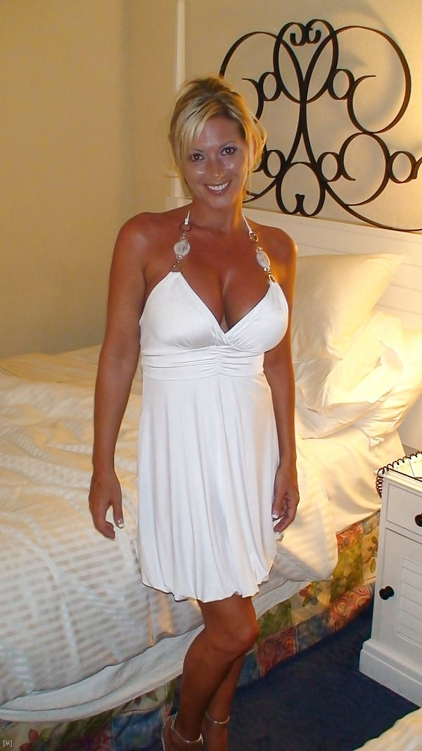 Hot milf date in tight top and denim skirt