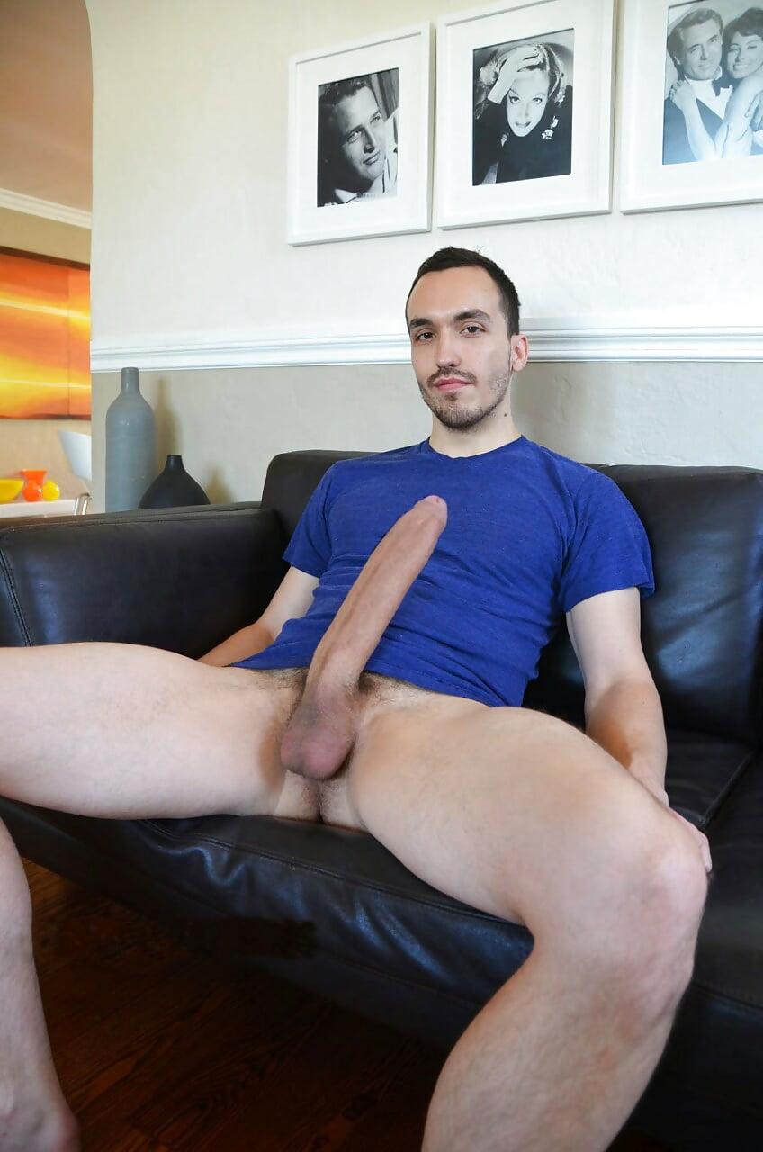 Hot guy gets a huge fat cock