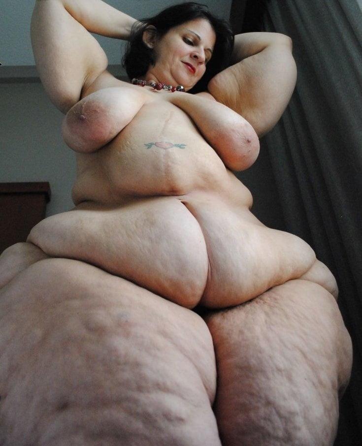 White bbw pear bottom
