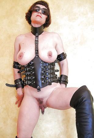 Free downloads 3gp body builder women xxx movies