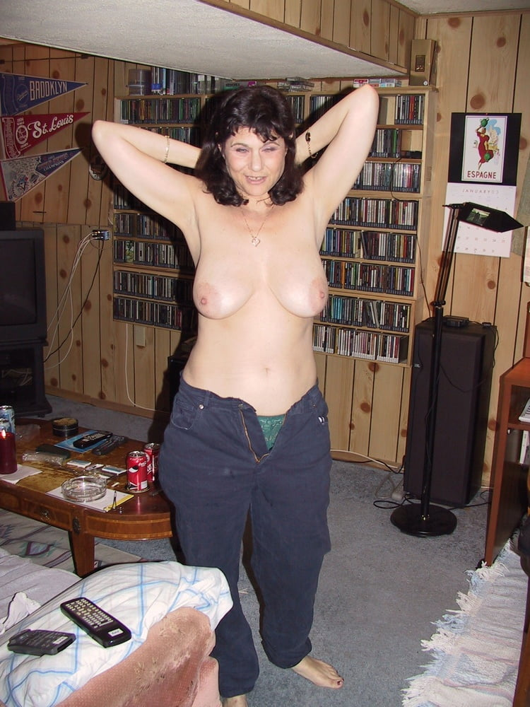 Topless Matures In Jeans - 25 Pics - Xhamstercom-9093