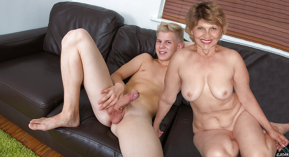 Naked mom in heels
