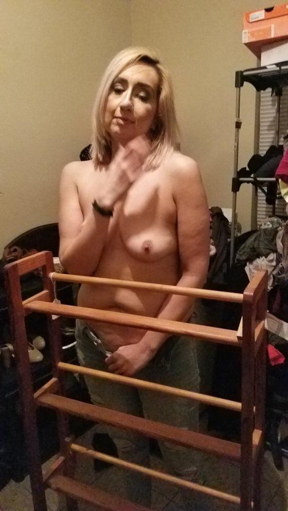 Amateur machine porn Masked slaves Zoey cam