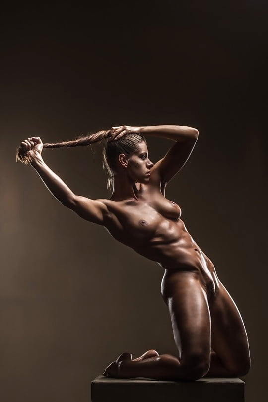 Perfect fitness body nude