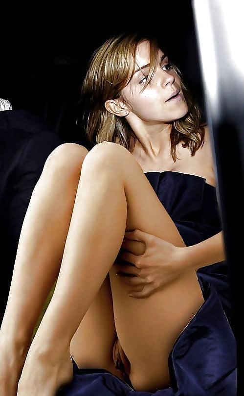 Emma Watson Upskirt Pubes