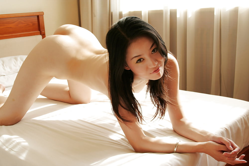 beautiful-chinese-free-pic-slut-voyeur-of-life