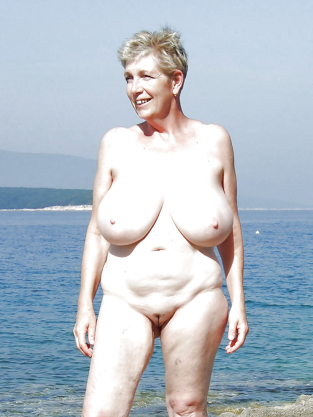 Nude wild granny, ana claudia talancon xxx