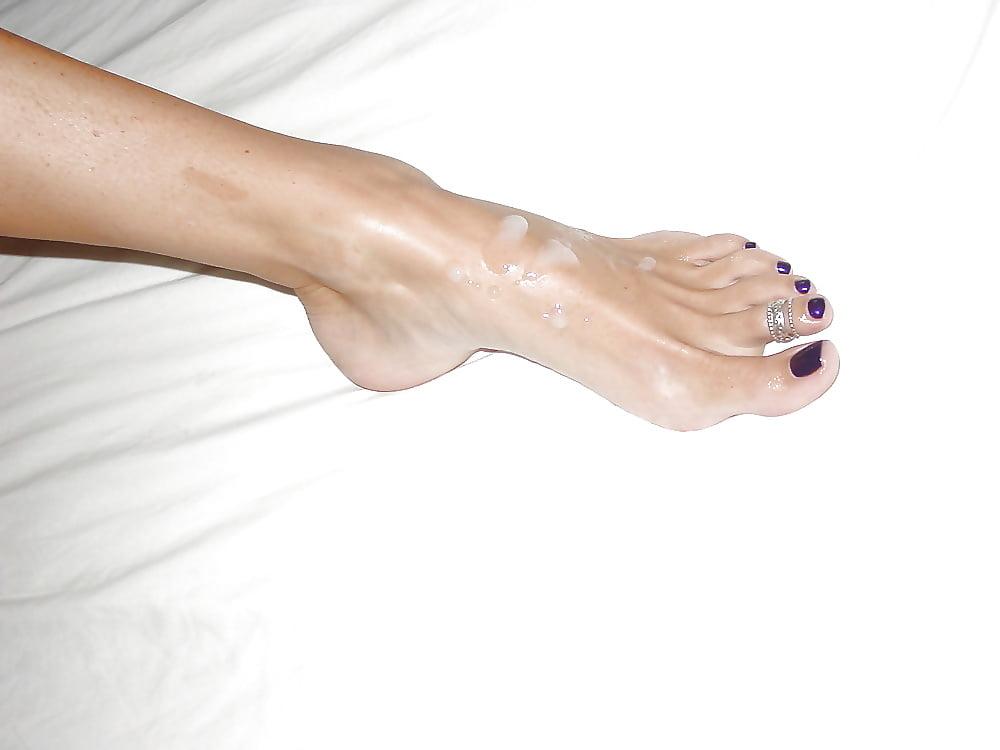 Cum covered toe