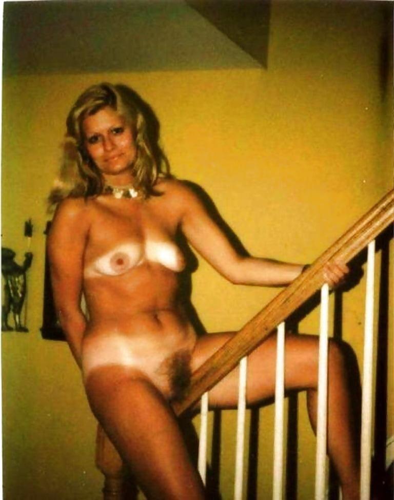 Old polaroid nude pics