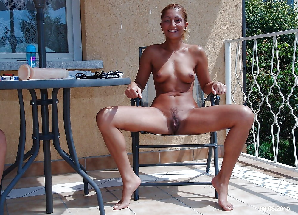 Time to visit your favourite Milf x9 - 37 Pics | xHamster
