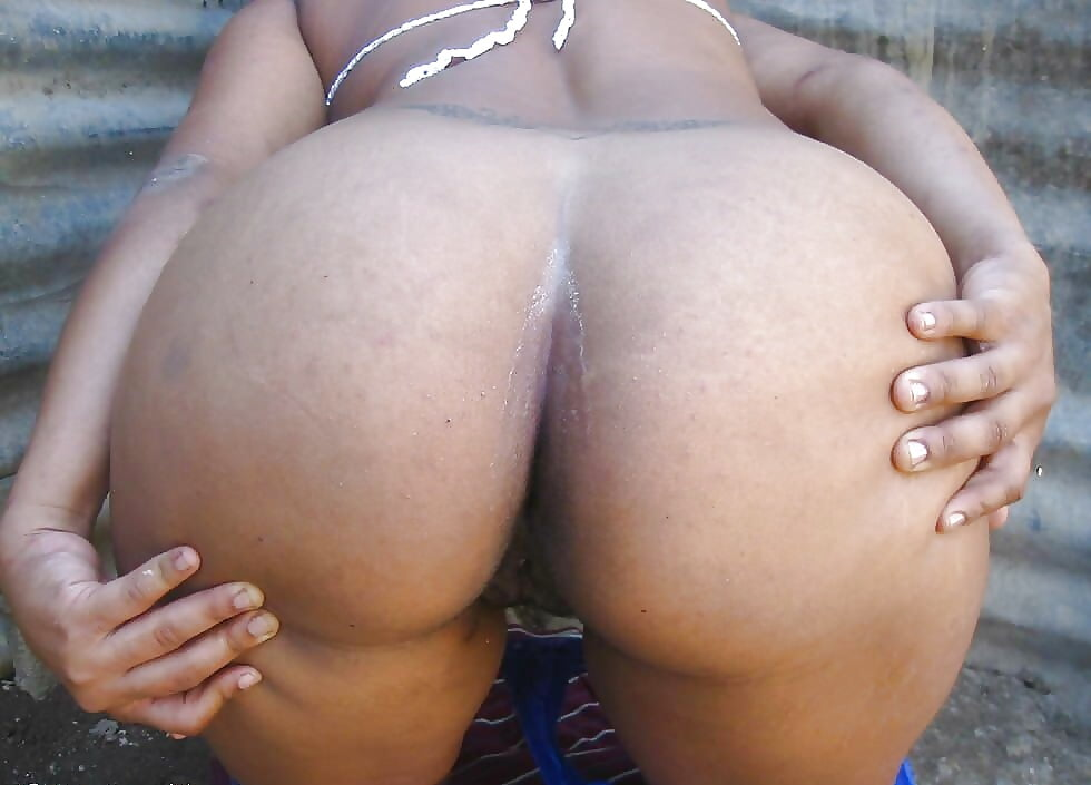 naked-dominican-ass