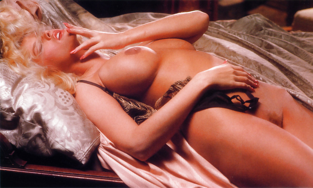 anna-nicole-smith-hot-porn-pics-chubby-nude-wife