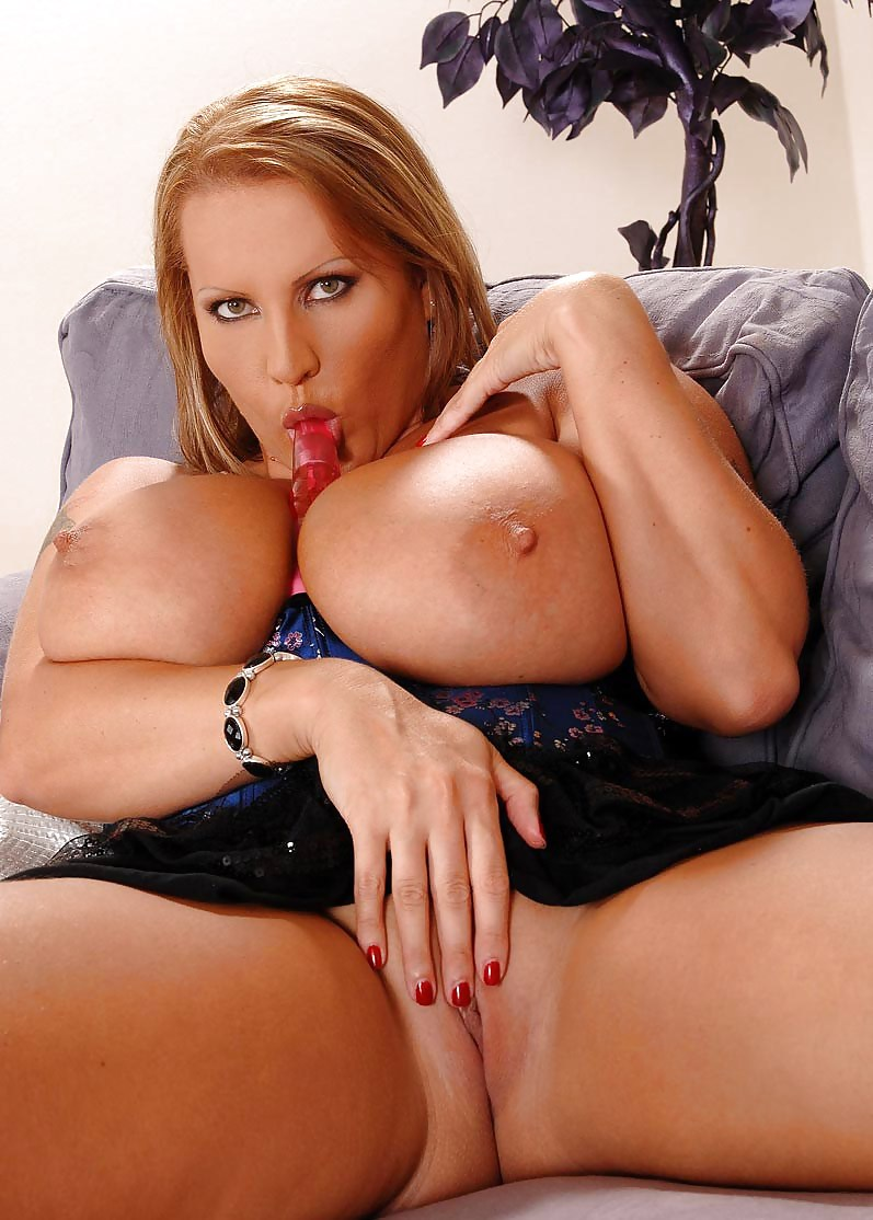 Laura orsolya big pussy pictures 1