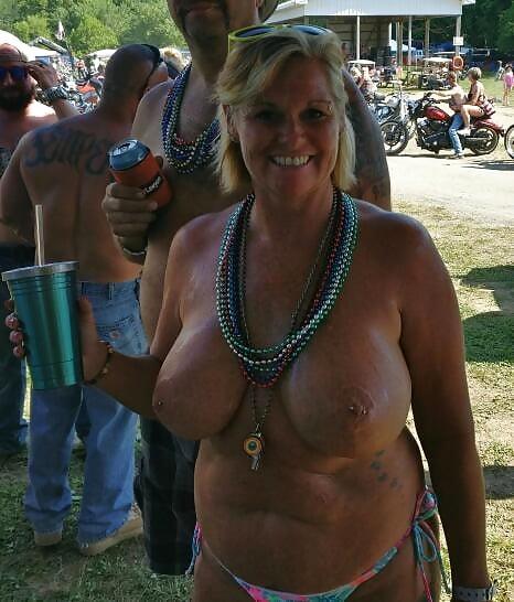 Chunky mature women-8919