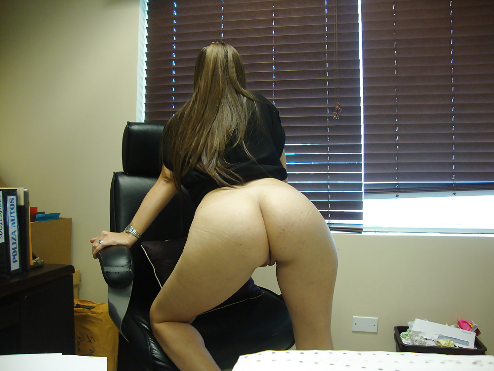 Sexy coworker amateur video