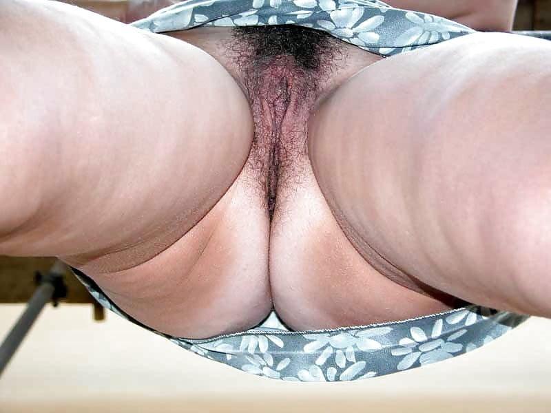 У толстых баб засветилась пизда фото, заняться сексом в поезде