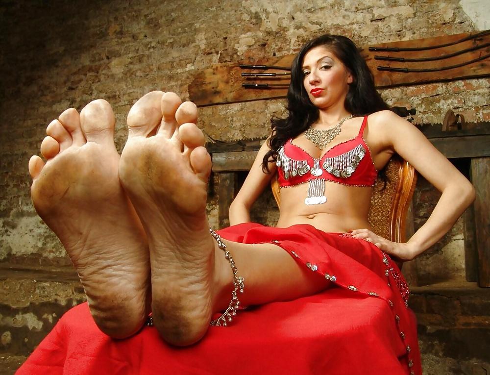 sex-myanmar-sexy-indian-girls-feet-station