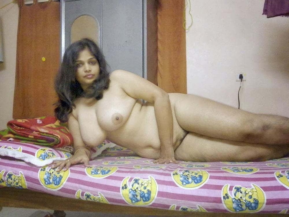 Bihar Desi Village Girl Ka Nude Chut Aur Chuchiya