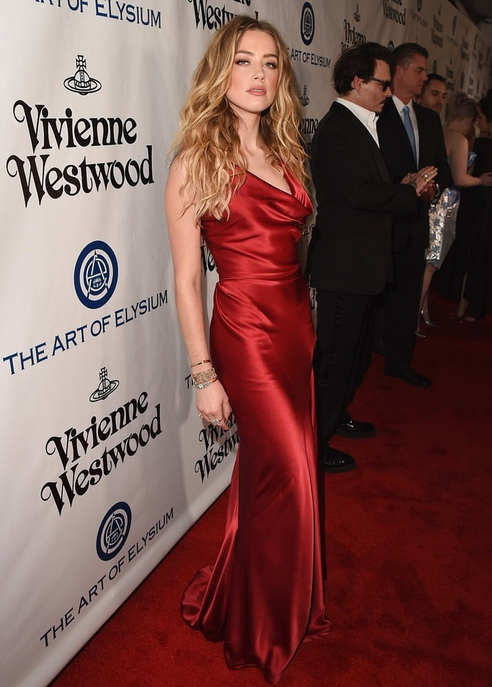 Amber Heard - 75 Pics