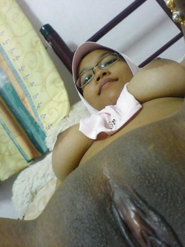 photo-malay-office-porn-two-big-woman-one-guy-xxx