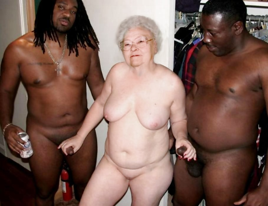 Hot sexy black grannies clips