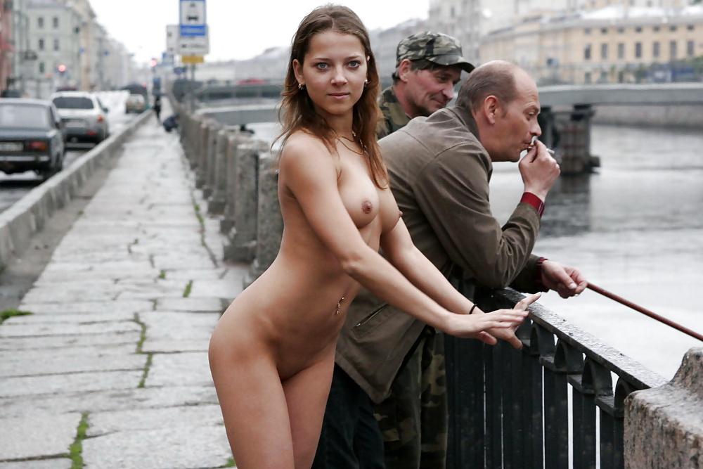показать кусок питерские девушки эротические фото сказала