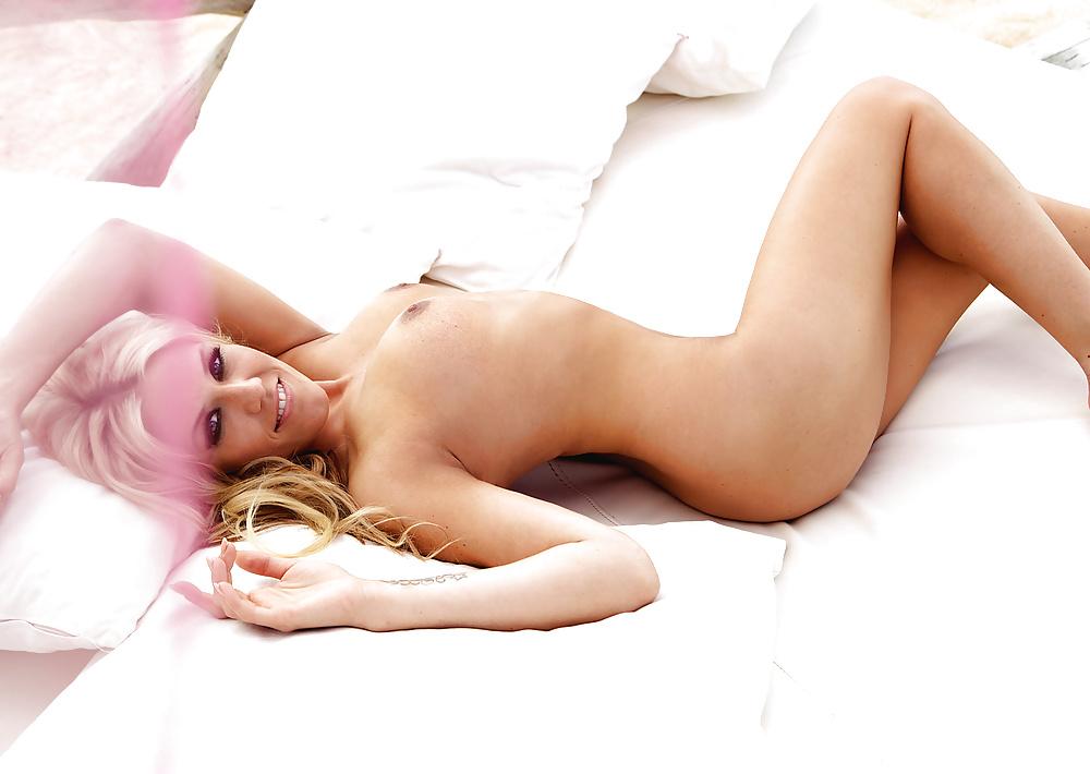 sex-cascada-porn-pics-fucked-strange