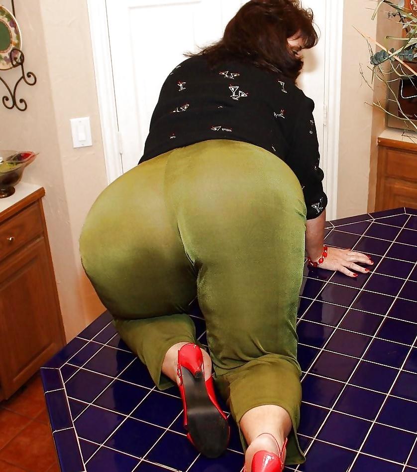 Bbw leggings porn pics — img 11