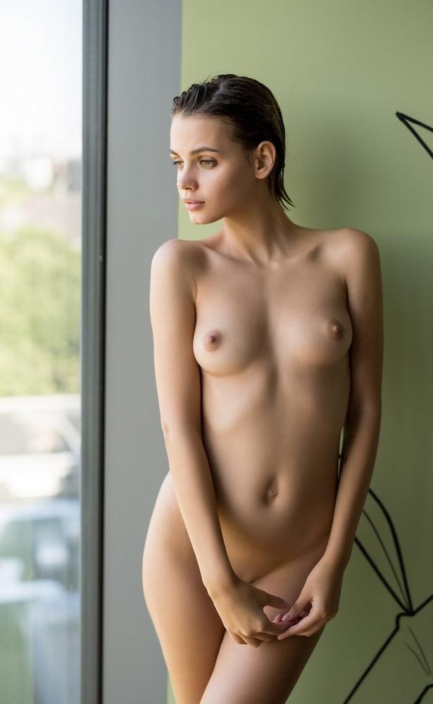 Teacher young arielle kebbel nude pornn porntrek