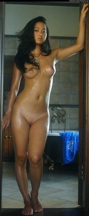 Beautiful babes naked pics-2410