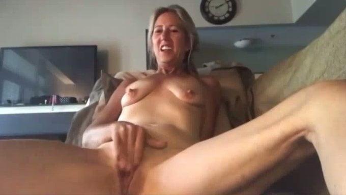 Sexy big tits masturbating