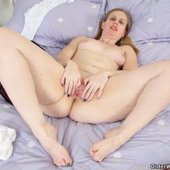 Erotic See and Save As british mature milfs from olderwomanfun          porn pict sex album thumbnail