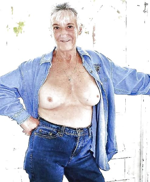 Older women mastabating-4340