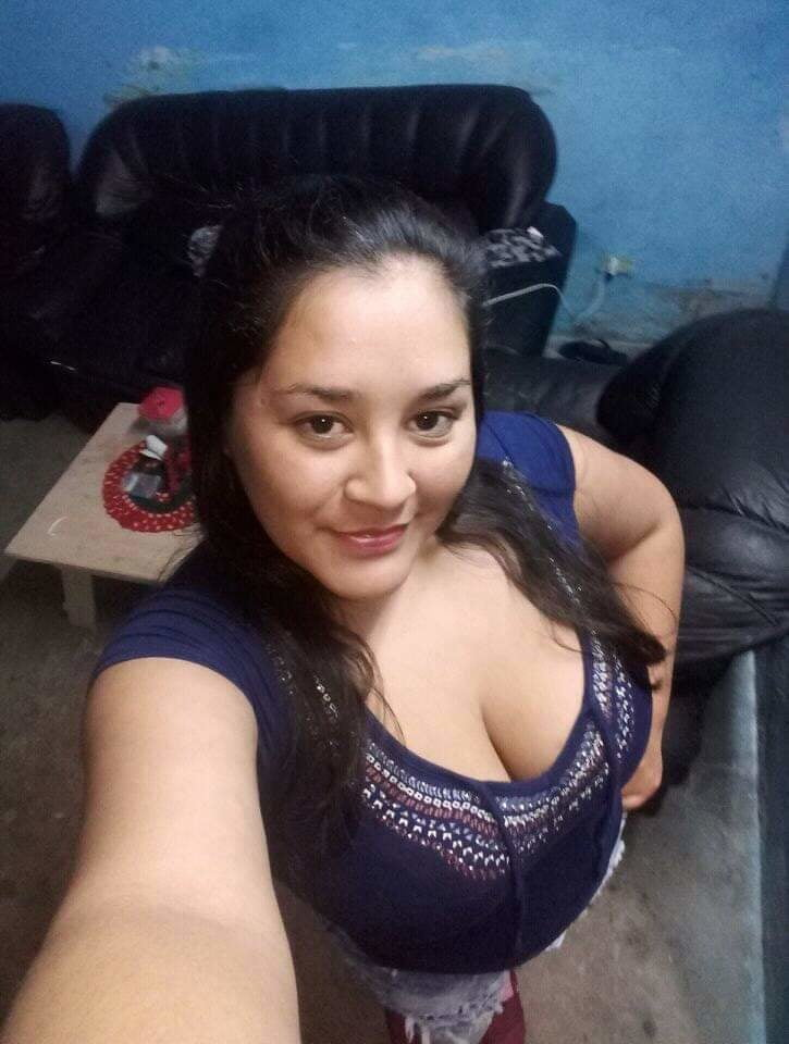 TETONCITA RICA YOUNG MOM LATIN BIG BREAST - 19 Pics