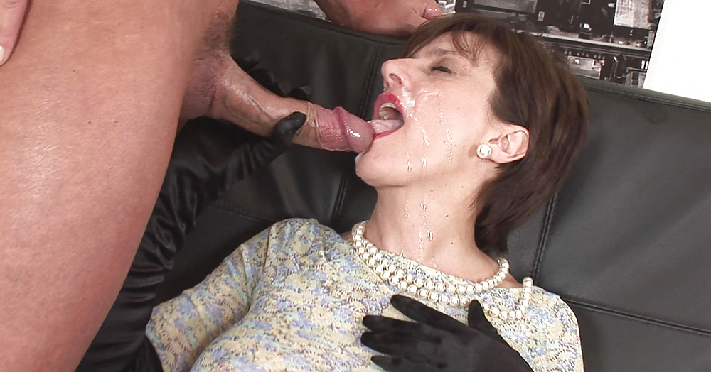 Cumming inside old lady