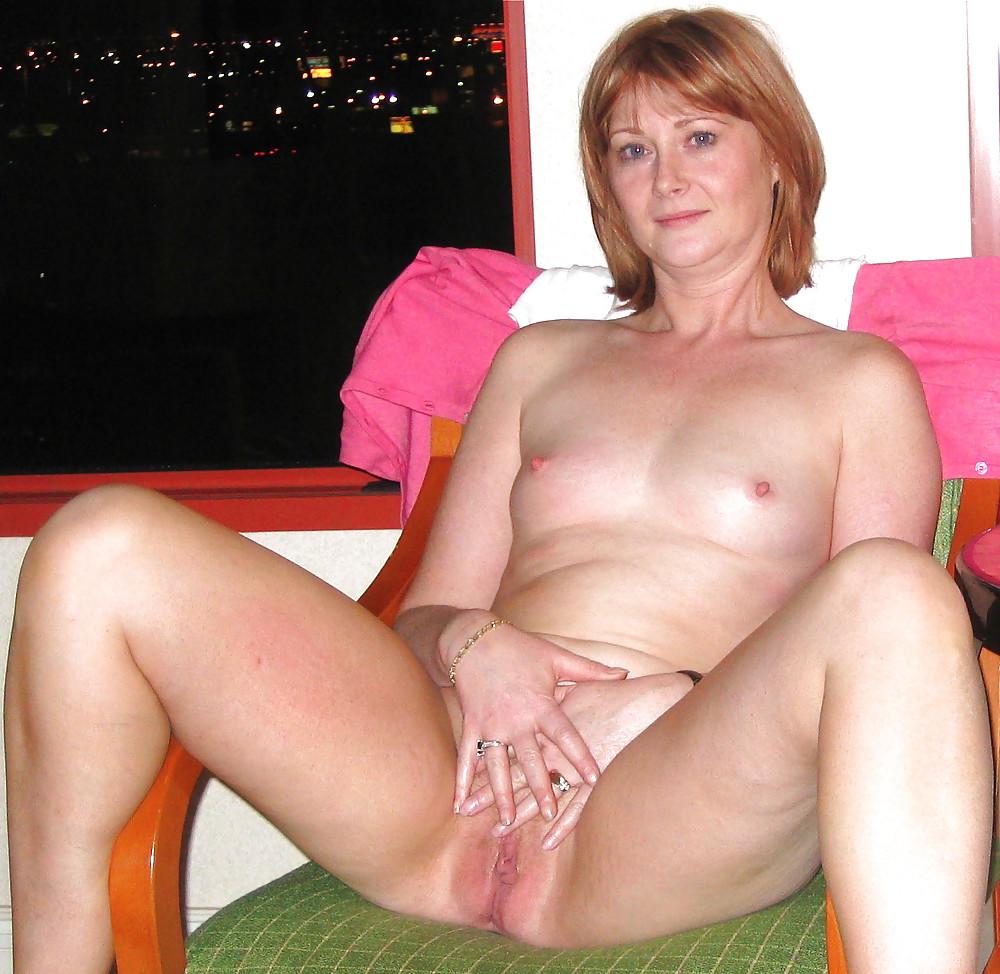 Amateur scottish moms nude pics, nekad dubai girls