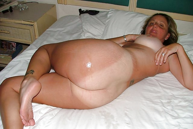porno-foto-tolstie-i-zagorelie-v-vozraste-lesbi-ginekolog-anus