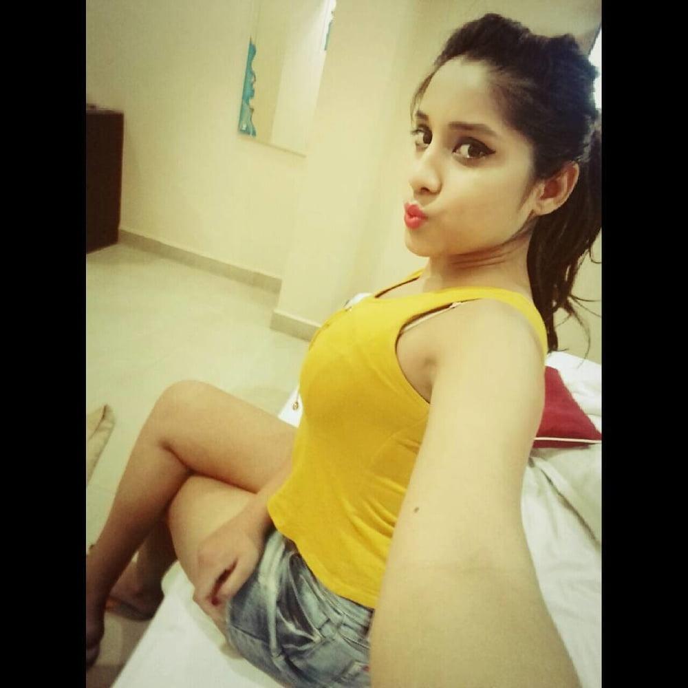 Indian girls sexy boobs photos-6585