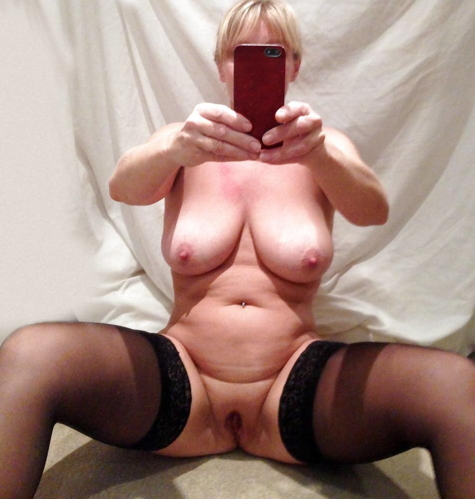 Mature nude women selfies, sexy young women outdoors