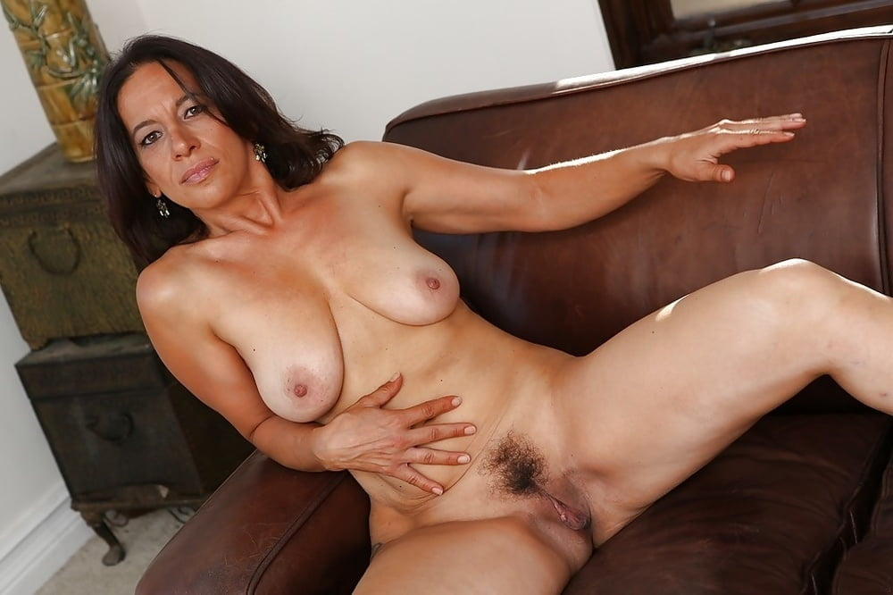 Ungureanu nude brunette mature pics watching wife