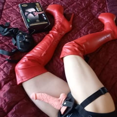BDSM STRAPON