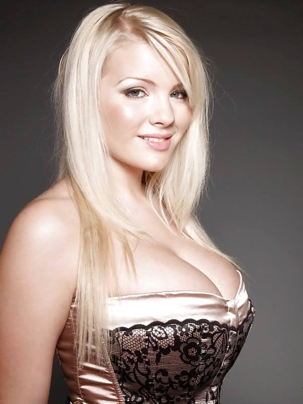 Bobbi nassau escort busty independent escorts