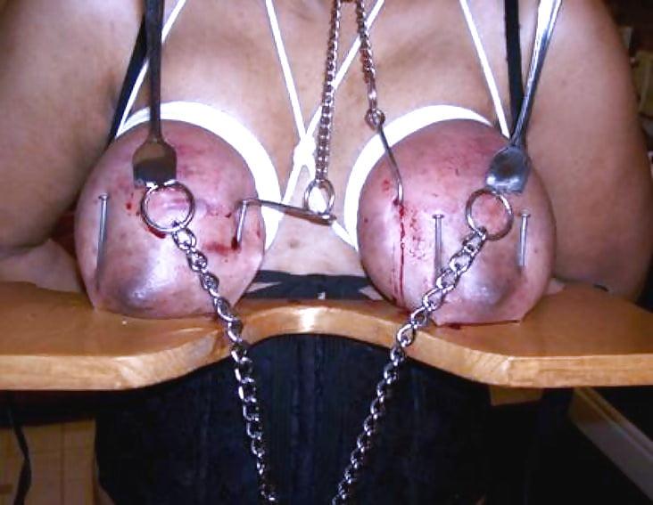 Клипы садо мазо с ножом щипцами онлайн голышом постели порно